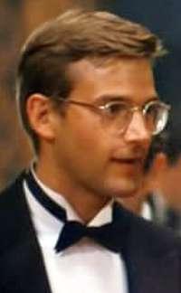 http://www.cornel1801.com/1/d/Dwier_Brown/Dwier_Brown_1959.jpg
