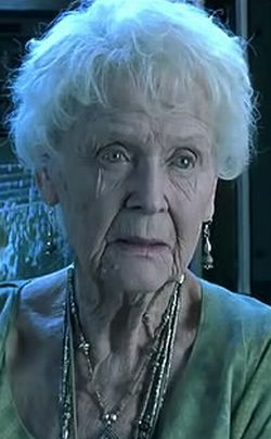 Gloria Stuart rose dewitt bukater